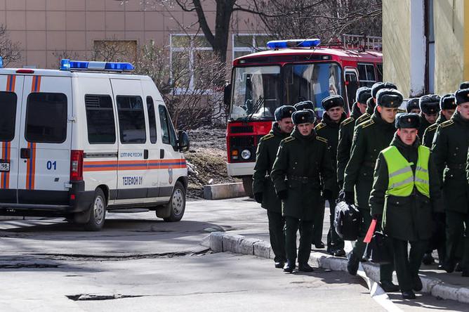 Ситуация на месте взрыва на территории Военно-космической академии им. А.Ф. Можайского в Санкт-Петербурге, 2 апреля 2019 года