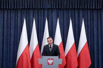 Президент Польши Анджей Дуда во время выступления с публичным заявлением относительно «закона о Холокосте» в Варшаве, 6 февраля 2018 года