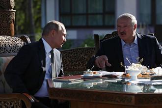 Президент России Владимир Путин и президент Белоруссии Александр Лукашенко во время встречи в Минске, 30 июня 2019 года