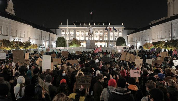 Никаких компромиссов: почему в Польше запрещают аборты