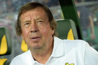 Юрию Семину сейчас очень неспокойно на тренерской скамейке «Анжи»