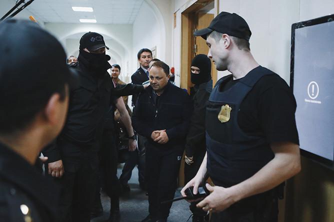 Мэр Владивостока Игорь Пушкарев в Басманном суде