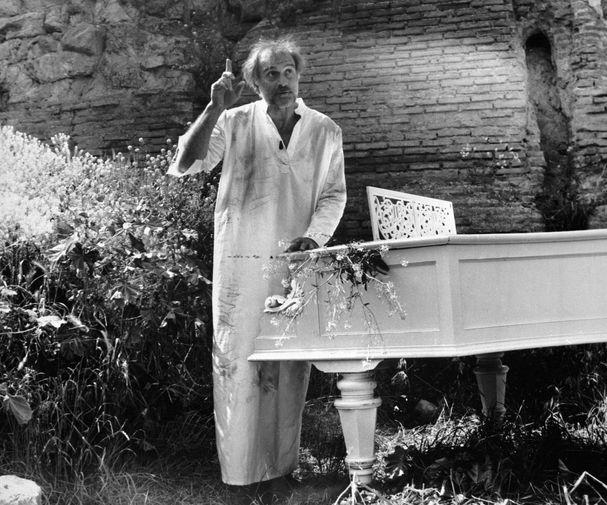Кахи Кавсадзе в фильме «Покаяние» Тенгиза Абуладзе, 1984 год