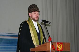 Заместитель председателя Духовного управления мусульман Дамир-хазрат Мухетдинов рассказал «Газете.Ru», зачем России мигранты