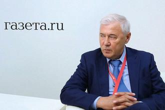 Глава думского комитета по финансовому рынку Анатолий Аксаков во время интервью на Петербургском международном экономическом форуме, 24 мая 2018 года