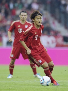 Один из новичков «Баварии» японец Усами Такаши в матче с «Майнцом»