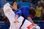 Арсен Галстян побеждает Яна Сиккарди изМонако.