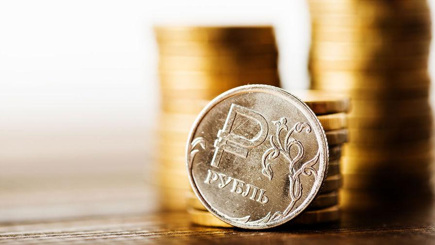 Рубль повысился к доллару и евро