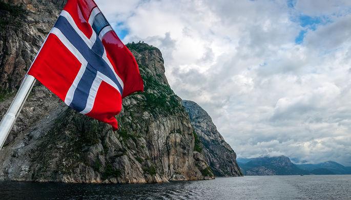 Байки из НАТО: почему Норвегию назначили полем битвы России и США