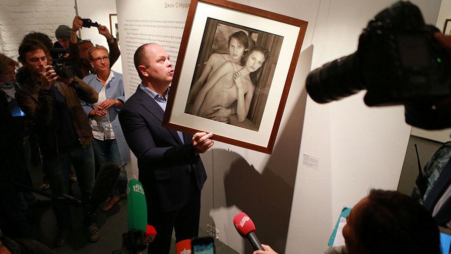 закрытая выставка в москве фото