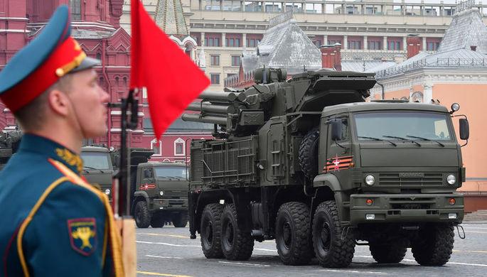 Зенитный ракетно-пушечный комплекс «Панцирь-С» во время военного парада Победы на Красной площади, 9 мая 2019 года