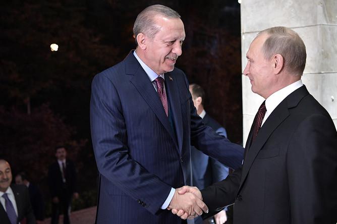 Президент Турции Реджеп Тайип Эрдоган и президент России Владимир Путин во время встречи в Сочи, 13 ноября 2017 года
