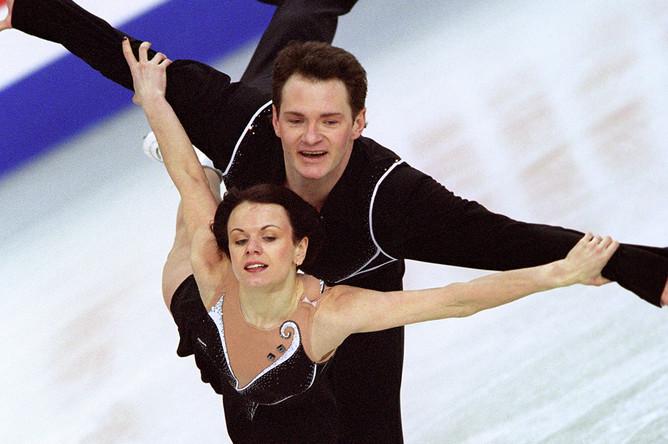Мария Петрова и Алексей Тихонов — серебряные призеры Чемпионата мира по фигурному катанию 2005 года (парное катание)