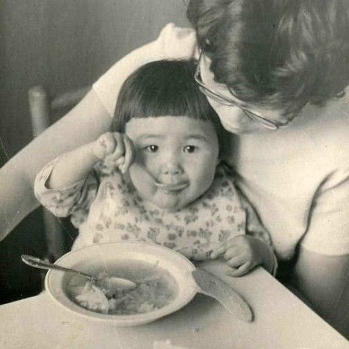 Маленькая Анита с мамой