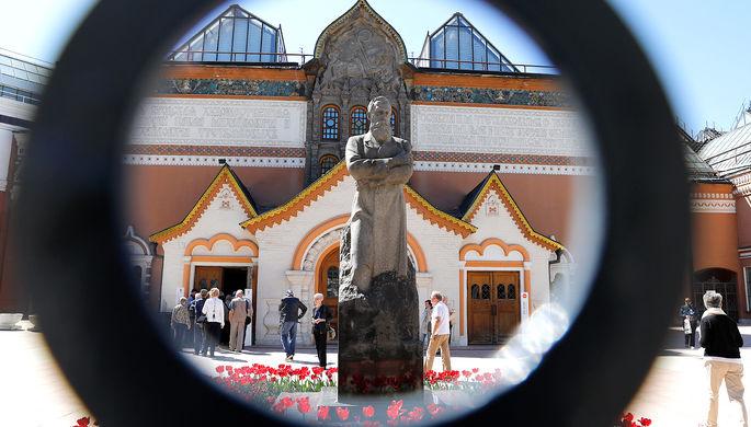 Вандализм, подделки, кражи: главные скандалы в истории Третьяковской галереи