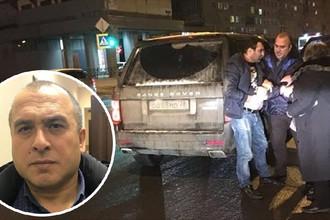 Ализаде Мустафаев во время нападения на водителя автобуса
