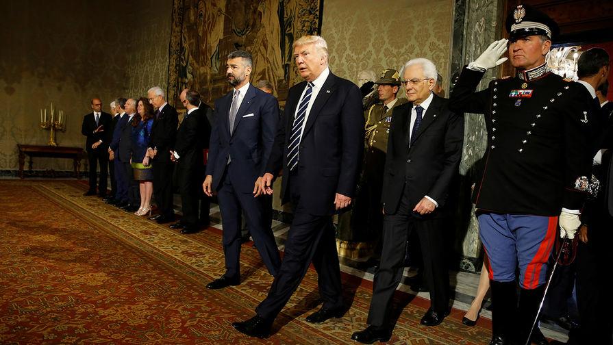 Президент США Дональд Трамп с президентом Италии Серджо Маттареллой во Дворце Квиринале в Риме, Италия, 24 мая 2017 года