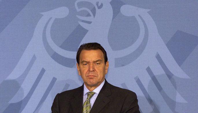 «Карлик критикует»: экс-канцлер ФРГ вспомнил про посла Украины