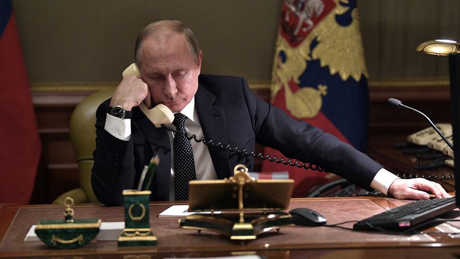 Кремль подтвердил телефонную беседу Путина и президента Аргентины