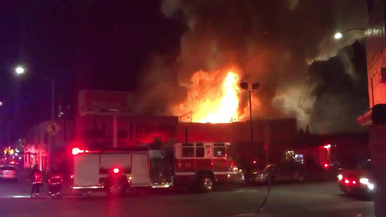 Пожар в ночном клубе сша клубы ночные в городе рубцовске