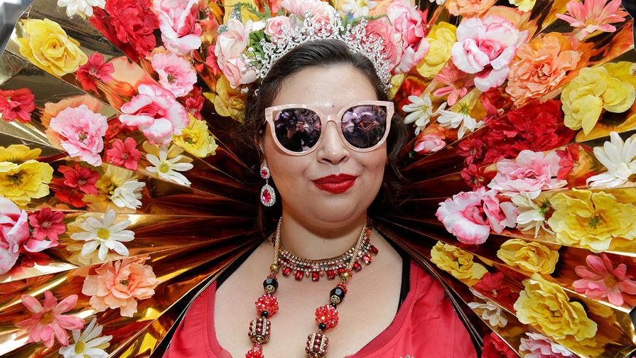 Участница пасхального парада в Нью-Йорке, 1 апреля 2018 года