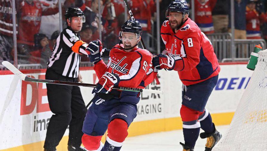 Евгений Кузнецов (слева) и Александр Овечкин стали главными героями встречи с «Лос-Анджелесом»