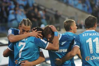 «Зенит» идет в лидерах чемпионата России по футболу, победив основных конкурентов