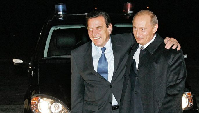 Герхард Шрёдер и Владимир Путин, 2005 год