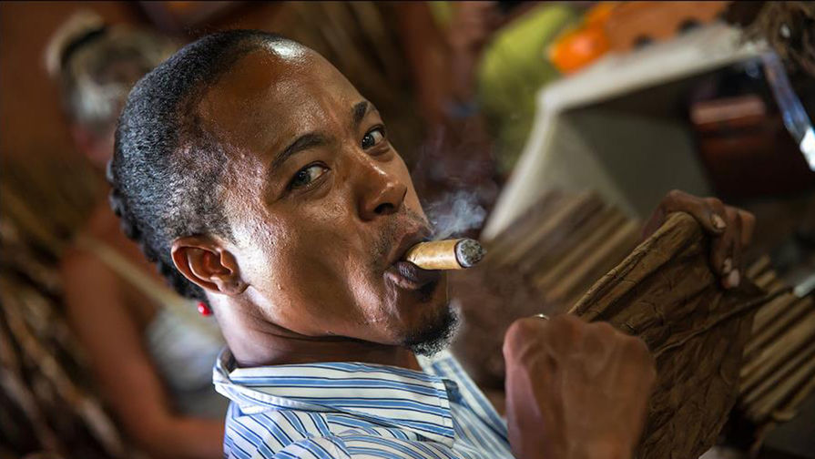 Сигары ручной работы: тревел-репортаж из глубин доминиканской мануфактуры