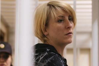 Ольга Алисова, обвиняемая в ДТП в Балашихе, в котором погиб шестилетний мальчик, во время рассмотрения ходатайства следствия о своем аресте в Железнодорожном суде Подмосковья