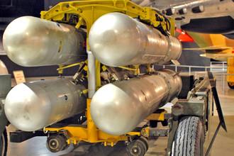 Четыре бомбы B28FI, аналогичные потерянным