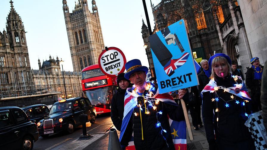 Парламент Британии одобрил отсрочку Brexit
