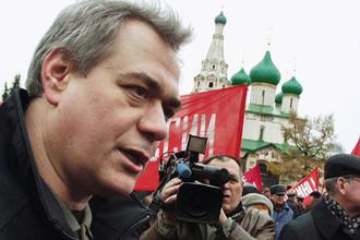 Журналист Сергей Доренко на митинге ярославских коммунистов, 2003 год
