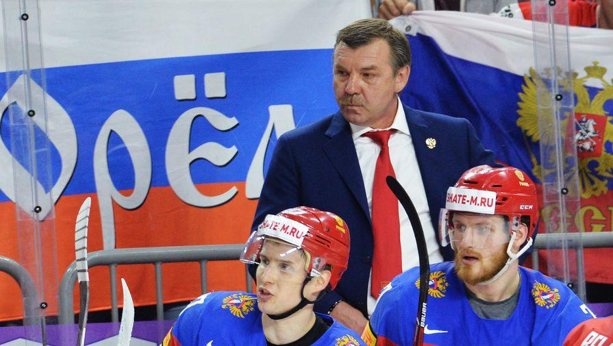 Главный тренер сборной России по хоккею Олег Знарок на матче против Даниии, которую его подопечные победили за 70 секунд