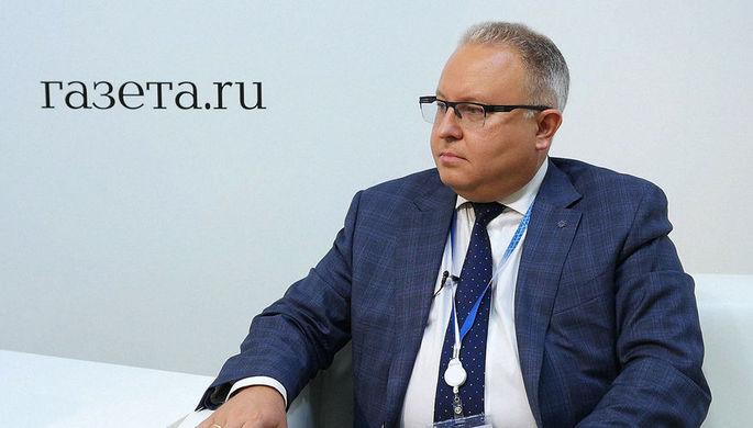 Председатель правления ПАО «ФСК ЕЭС» Андрей Муров во время интервью на Петербургском международном экономическом форуме, 24 мая 2018 года