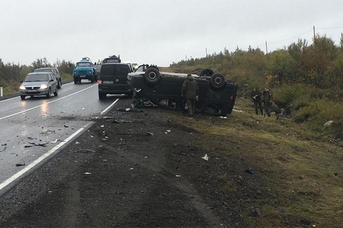 Последствия ДТП с участием автомобиля командующего ВДВ России Андрея Сердюкова, 15 сентября 2017 года