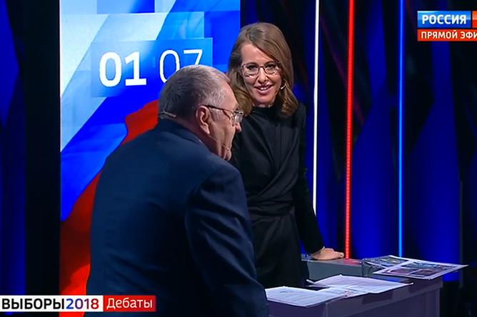 Владимир Жириновский и Ксения Собчак (кадр из видео)