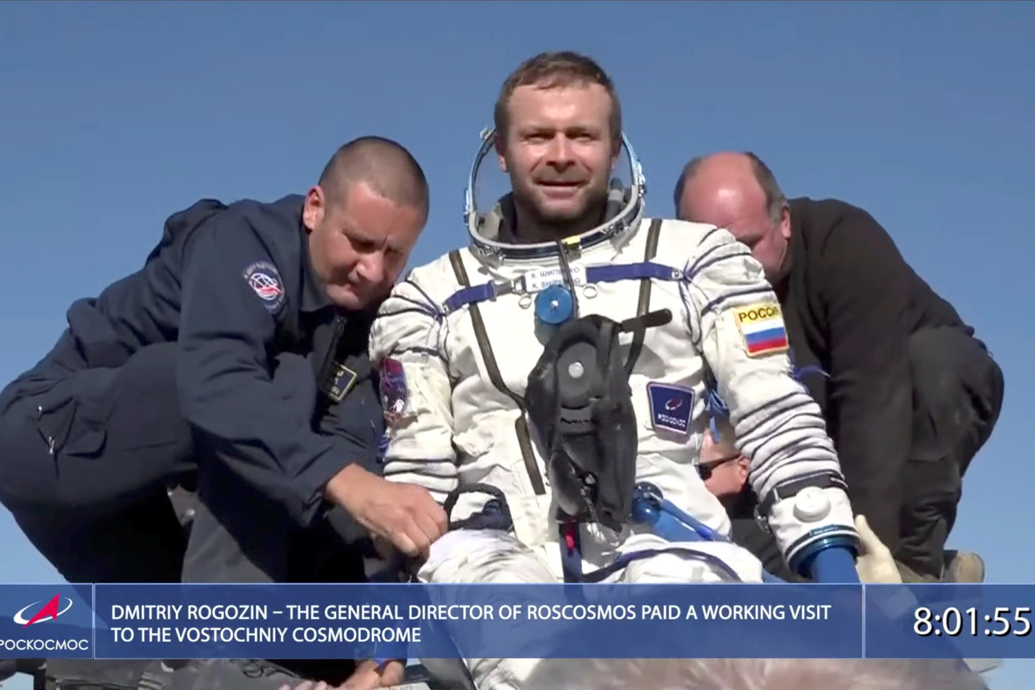 upload-2021-10-17T060135Z_1638900286_RC2IBQ9PDQVH_RTRMADP_3_SPACE-EXPLORATION-RUSSIA-MOVIE-LANDING-pic4_zoom-1500x1500-16427.jpg