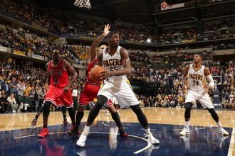 «Индиана» обыграла «Чикаго» и вышла в лидеры регулярного сезона НБА