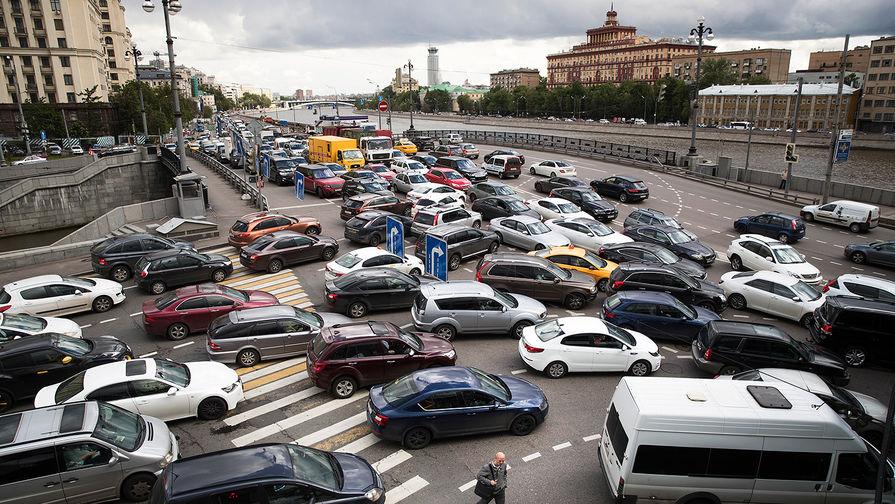 ЦОДД назвал автомобили-нарушители ПДД