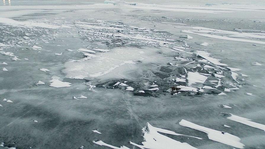 Двое детей провалились на Волге под лед и утонули
