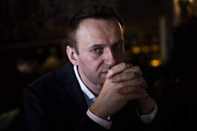 Алексей Навальный между встречами с волонтерами в Костроме и Ярославле, 22 апреля 2017 года
