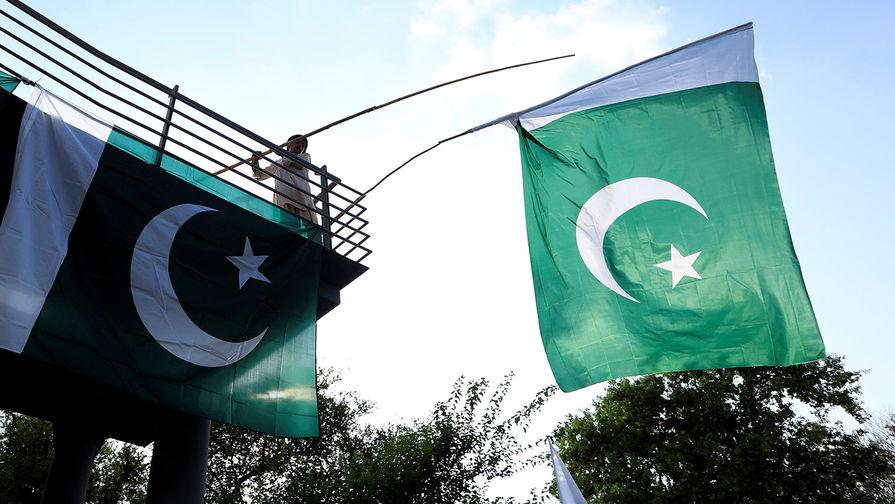 Самолет ВВС Пакистана был сбит над Кашмиром