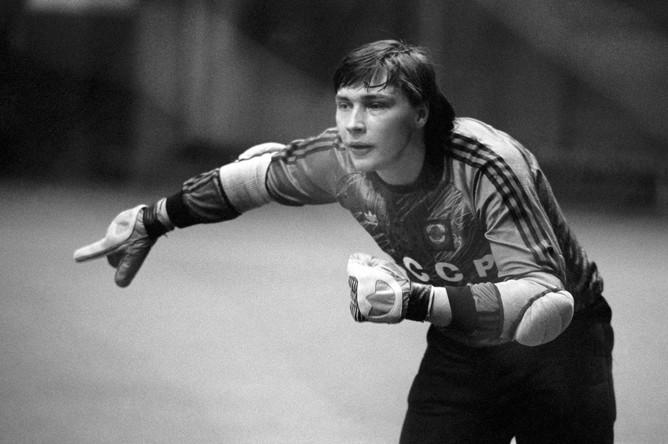 Вратарь олимпийской сборной Сергей Овчинников, 1997 год.