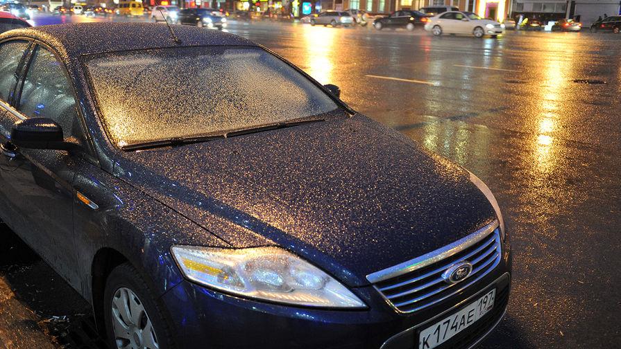 Снег и мороз: дороги Москвы покроются