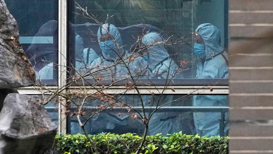 Помпео рассказал о военной активности уханьских вирусологов перед пандемией