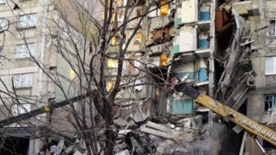 После обрушения подъезда в Магнитогорске из дома эвакуированы 60 человек