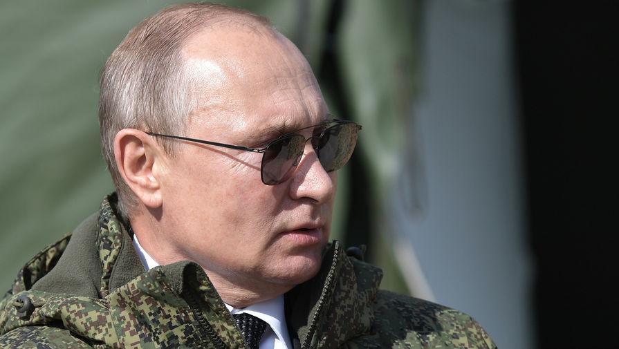 Путин освободил от налога материальную помощь студентам
