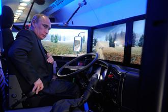 По неофициальной информации, Путин и Лукашенко могли договориться о слиянии МАЗа и КамАЗа
