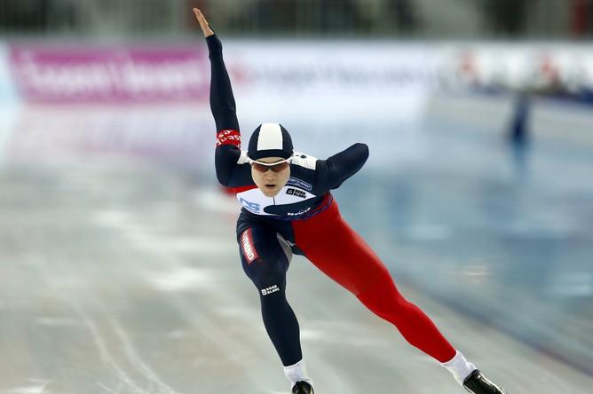 Чешка Каролина Эрбанова на дистанции во время выступления на чемпионате мира в Сочи на дистанции 1000 м